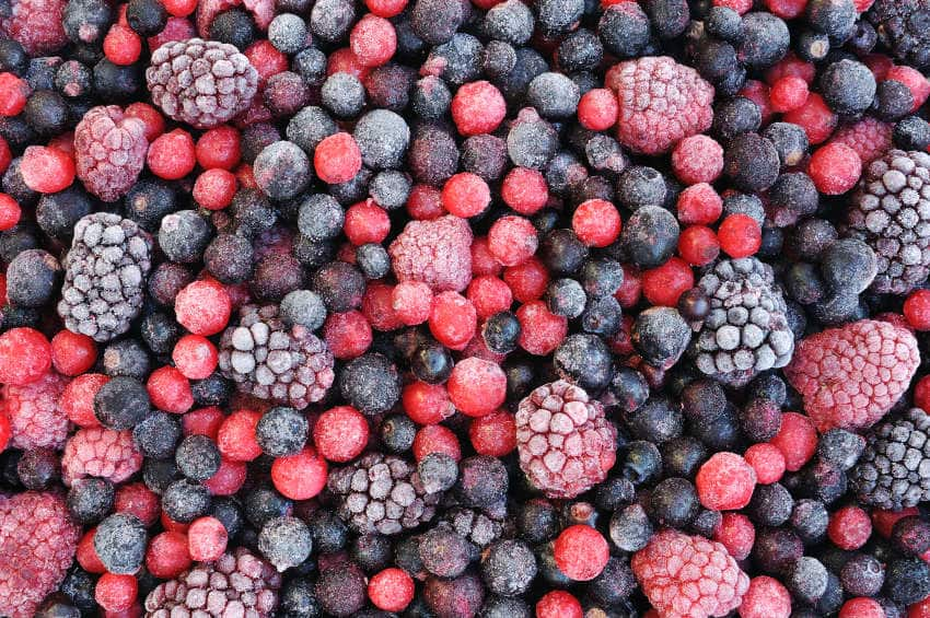 frozen-berries-nutrients