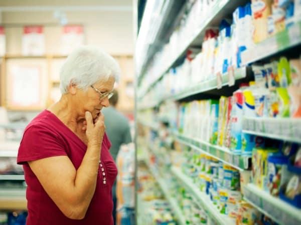 Woman-grocery aisle.jpg