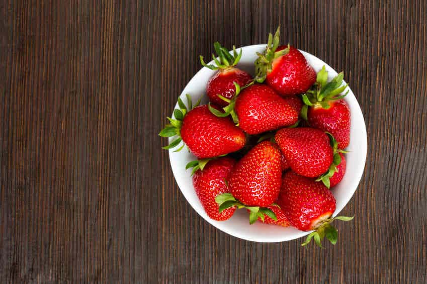 strawberries-pesticide-residues